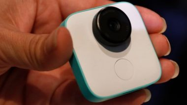 Your Favorite Moments with Google Clips Camera Loaded with Artificial Intelligence