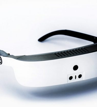 ESight 3 High Tech Glasses are Helping Blind People See
