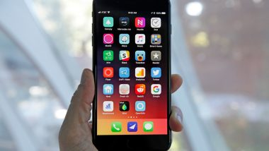 Apple Investigates Reports of iPhone 8 Static Crackling
