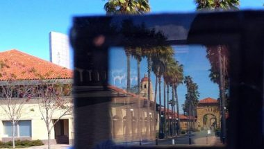 Stanford Engineers Create Smart Windows
