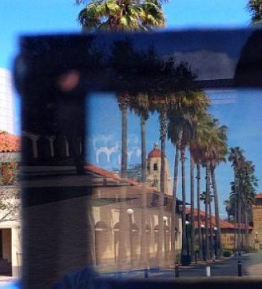 Stanford Engineers Create Smart Windows
